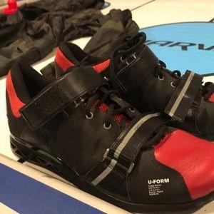 I form men's squat shoe